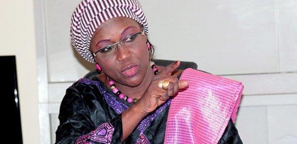 Expulsion d'Amsatou Sidibé : Les proches du leader de Car/Lenen dénoncent la manière