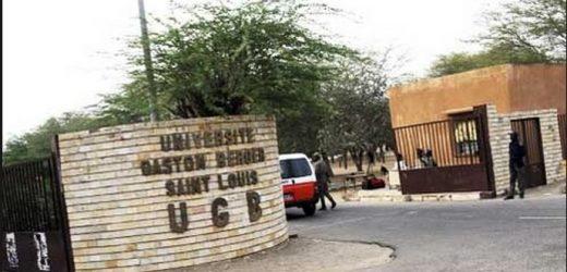 """Manifs : Les étudiants de l'Ugb réclament """"la libération des otages politiques"""""""