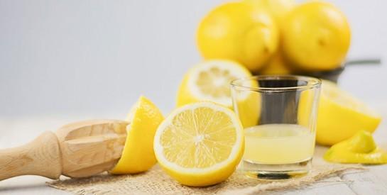 4 ingrédients naturels pour lutter efficacement contre les points noirs