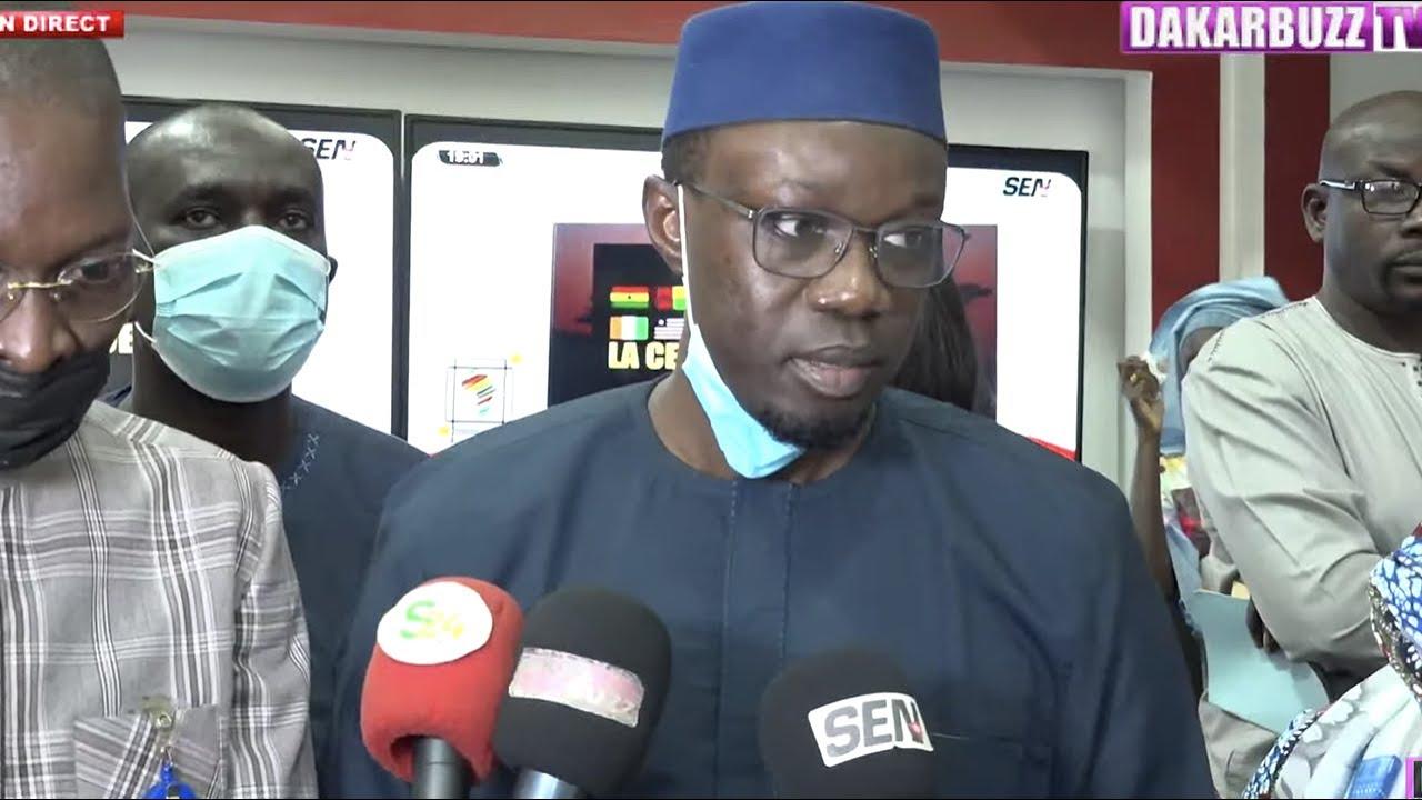 Ousmane Sonko rend visite à la Sen TV et déplore la coupure du signal (vidéo)