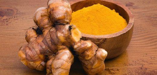Thé, curcuma, grenade… ces aliments qui vous aident à vous soigner