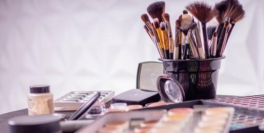 Comment et à quelle fréquence nettoyer ses pinceaux de maquillage ?
