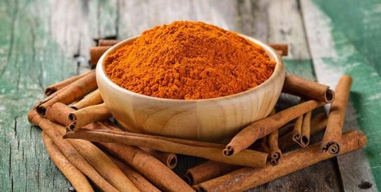 Masque capillaire hydratant cannelle et huile d'olive pour les cheveux secs