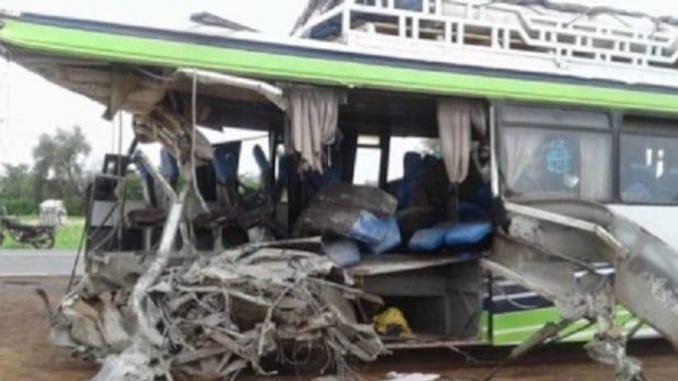 Diouroup : la collision entre un Bus et un camion fait plusieurs morts