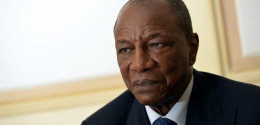Guinée : Visite surprenante du Président Alpha Condé dans 3 ministères et ne trouve aucun ministre, sa réaction